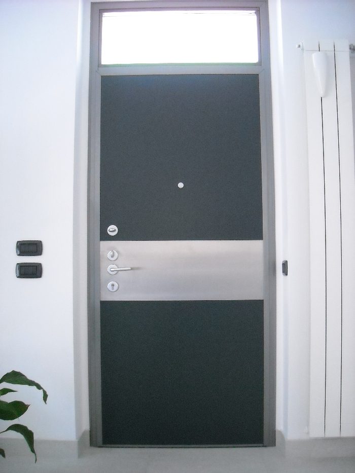 Porte blindate nuova ocim nuova ocim srl - Sopraluce porta ...
