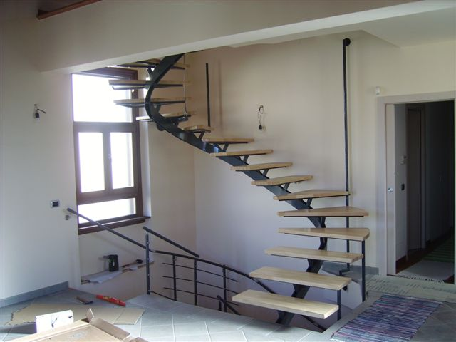 Scale a giorno scale a chiocciola per esterno o interno nuova ocim nuova ocim srl - Scale di ferro ...