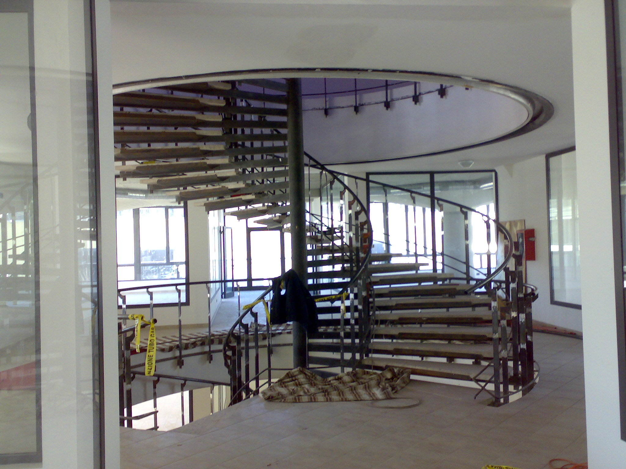 Scale a giorno scale a chiocciola per esterno o interno nuova ocim nuova ocim srl - Scale da esterno in muratura ...